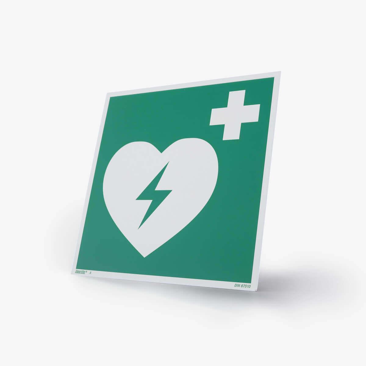 Hinweistafel mit AED Symol