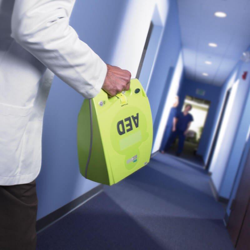 PLUS EV Med Hallway